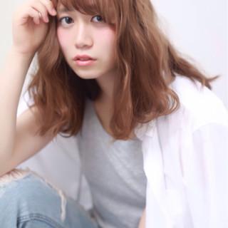 ガーリー 大人かわいい ミディアム ストリート ヘアスタイルや髪型の写真・画像