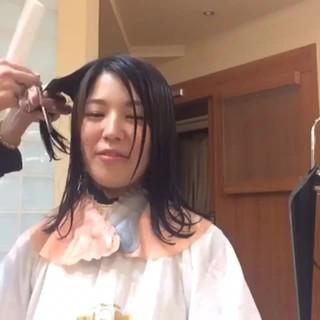 レイヤーカット フェミニン 大人かわいい ミディアム ヘアスタイルや髪型の写真・画像