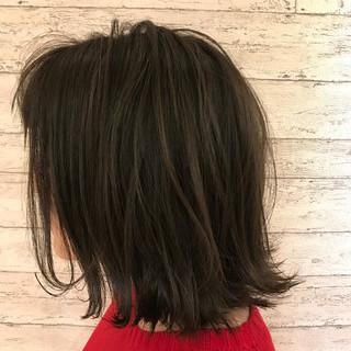 切りっぱなし ボブ アッシュ フェミニン ヘアスタイルや髪型の写真・画像