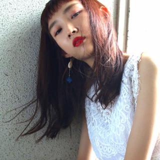 グレージュ レッド 透明感 秋 ヘアスタイルや髪型の写真・画像