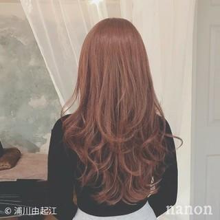 エレガント 秋冬スタイル ゆるふわ デート ヘアスタイルや髪型の写真・画像