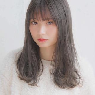 大人かわいい フェミニン アンニュイほつれヘア セミロング ヘアスタイルや髪型の写真・画像