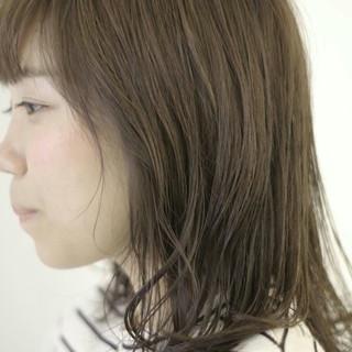 暗髪 秋 ウェットヘア アッシュ ヘアスタイルや髪型の写真・画像
