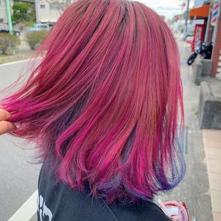 ユニコーンカラー ボブ カラーバター チェリーレッド ヘアスタイルや髪型の写真・画像