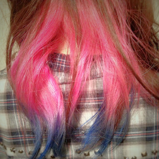 ピンク ブルー インナーカラー セミロング ヘアスタイルや髪型の写真・画像
