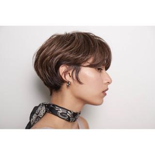 モード ショート 3Dハイライト スポーツ ヘアスタイルや髪型の写真・画像