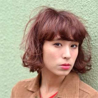 ストリート モード 外国人風 ウェーブ ヘアスタイルや髪型の写真・画像