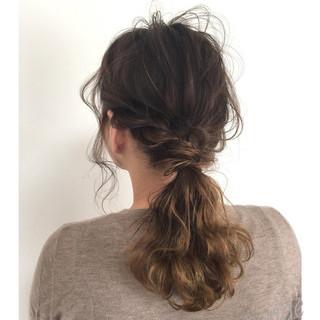 ミディアム オフィス 簡単ヘアアレンジ 結婚式 ヘアスタイルや髪型の写真・画像