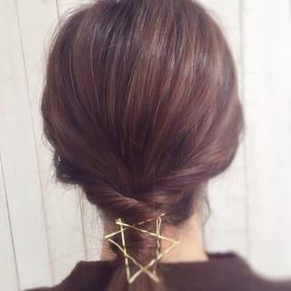ヘアアクセ 簡単ヘアアレンジ ヘアピン ロング ヘアスタイルや髪型の写真・画像 ヘアスタイルや髪型の写真・画像