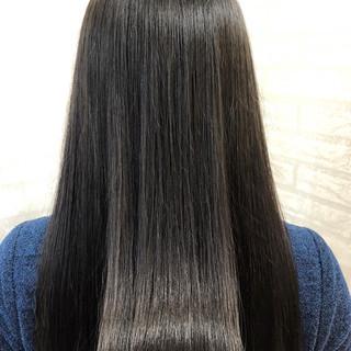 パーマ 縮毛矯正 艶髪 ナチュラル ヘアスタイルや髪型の写真・画像