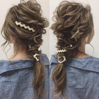 ナチュラル ゆるふわ ヘアアレンジ 簡単ヘアアレンジ ヘアスタイルや髪型の写真・画像