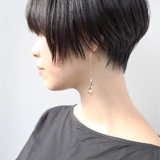 大人かわいい 黒髪ショート ナチュラル ショート ヘアスタイルや髪型の写真・画像