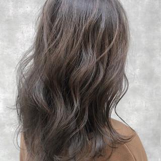 イルミナカラー インナーカラー アディクシーカラー ハイライト ヘアスタイルや髪型の写真・画像