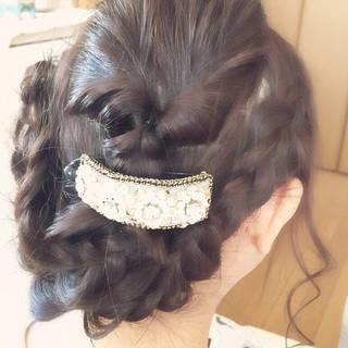 結婚式 大人かわいい 編み込み ロング ヘアスタイルや髪型の写真・画像 ヘアスタイルや髪型の写真・画像
