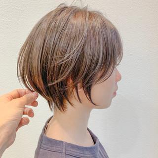 ショートパーマ ショート 小顔ショート ナチュラル ヘアスタイルや髪型の写真・画像