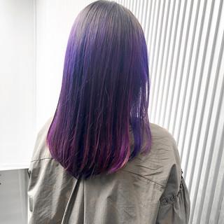 スモーキーカラー 前髪 ナチュラル セミロング ヘアスタイルや髪型の写真・画像
