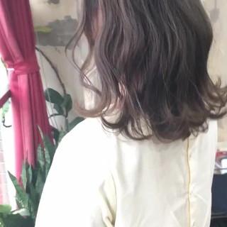 ヘアアレンジ セミロング ヘアカラー 簡単ヘアアレンジ ヘアスタイルや髪型の写真・画像