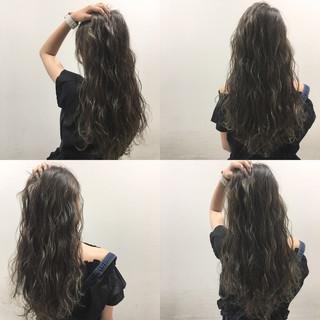 ハイライト ストリート 外国人風 ウェットヘア ヘアスタイルや髪型の写真・画像 ヘアスタイルや髪型の写真・画像