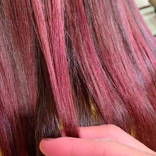ダブルカラー ロング ポイントカラー ラズベリーピンク ヘアスタイルや髪型の写真・画像