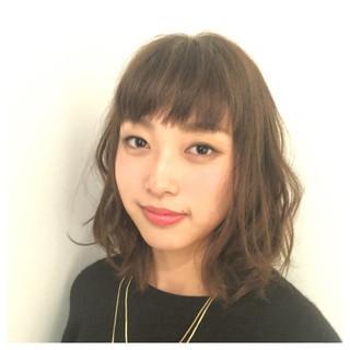 前髪パーマ パーマ ミディアム 外ハネ ヘアスタイルや髪型の写真・画像