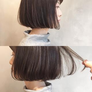 ミルクティー 小顔 ニュアンス ボブ ヘアスタイルや髪型の写真・画像