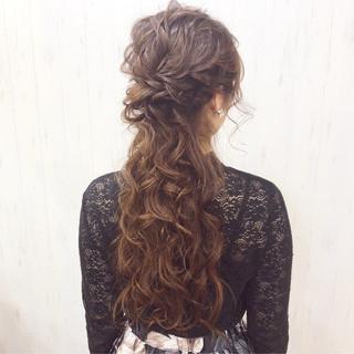 デート ロング ナチュラル アンニュイほつれヘア ヘアスタイルや髪型の写真・画像