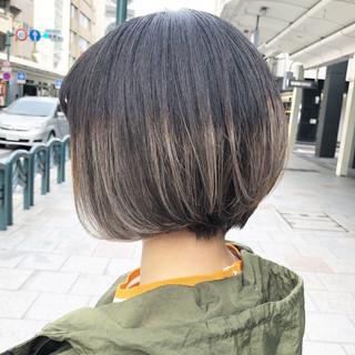 モード ブリーチオンカラー 外国人風カラー インナーカラー ヘアスタイルや髪型の写真・画像 ヘアスタイルや髪型の写真・画像