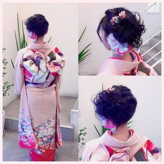 フェミニン ヘアアレンジ ミディアム 成人式 ヘアスタイルや髪型の写真・画像