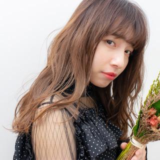 ヘアアレンジ 夏 セミロング フェミニン ヘアスタイルや髪型の写真・画像