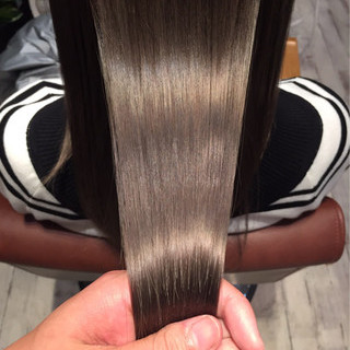 ロング ストリート アッシュ 透明感 ヘアスタイルや髪型の写真・画像