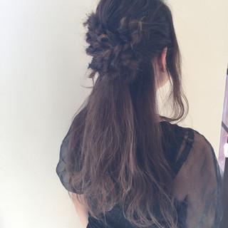 ヘアアレンジ ロング 編み込み デート ヘアスタイルや髪型の写真・画像 ヘアスタイルや髪型の写真・画像