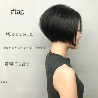 モード 刈り上げ ショート ボブ ヘアスタイルや髪型の写真・画像