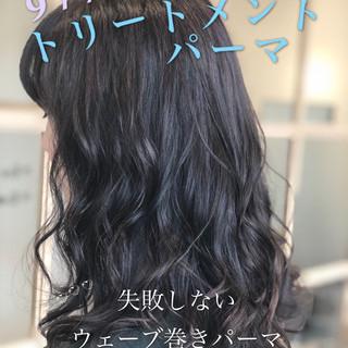 フェミニン パーマ デジタルパーマ 小顔ヘア ヘアスタイルや髪型の写真・画像