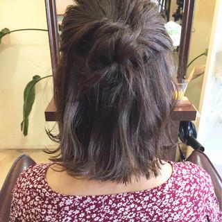 ブルージュ アッシュ ヘアアレンジ ボブ ヘアスタイルや髪型の写真・画像