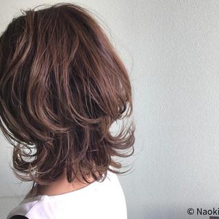 透明感 毛先パーマ ナチュラル 秋 ヘアスタイルや髪型の写真・画像