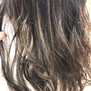 ヘアアレンジ ナチュラル グレージュ 外国人風カラー ヘアスタイルや髪型の写真・画像