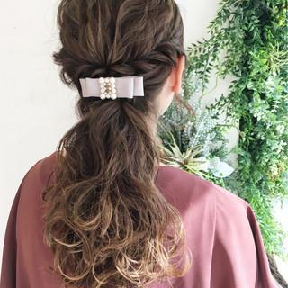ハーフアップ 外国人風 ヘアアレンジ ハイライト ヘアスタイルや髪型の写真・画像