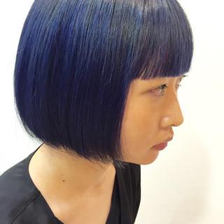 ブルー ブリーチ モード ボブ ヘアスタイルや髪型の写真・画像