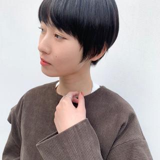 ナチュラル ショート デート 小顔ショート ヘアスタイルや髪型の写真・画像