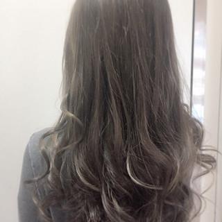 大人かわいい 外国人風カラー アッシュ ネイビー ヘアスタイルや髪型の写真・画像