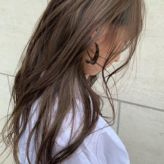 ロング ナチュラル ミルクティーベージュ 外国人風カラー ヘアスタイルや髪型の写真・画像