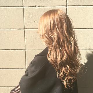 ロング 圧倒的透明感 外国人風 ストリート ヘアスタイルや髪型の写真・画像