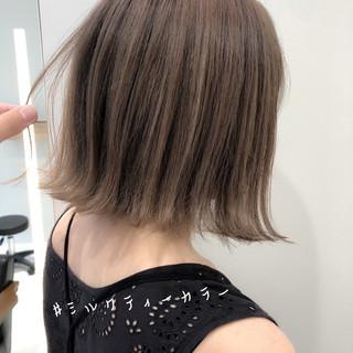 ショートヘア ナチュラル 切りっぱなしボブ ミニボブ ヘアスタイルや髪型の写真・画像
