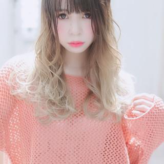 外国人風フェミニン フェミニン ホワイトグラデーション ロング ヘアスタイルや髪型の写真・画像