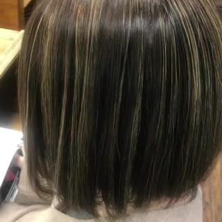 ナチュラル ミディアム ハイライト サラサラ ヘアスタイルや髪型の写真・画像