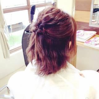ハーフアップ くるりんぱ ガーリー 簡単ヘアアレンジ ヘアスタイルや髪型の写真・画像