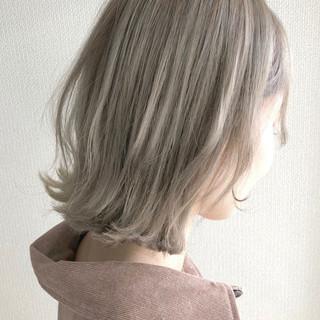 ボブ ショートヘア ホワイト ショートボブ ヘアスタイルや髪型の写真・画像