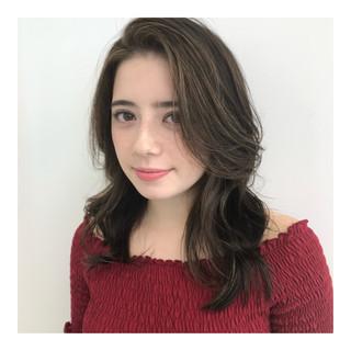 カラーリスト 安岡 勲さんのヘアスナップ