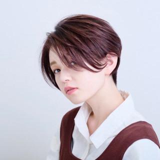 ショートボブ ベリーショート ナチュラル ハンサムショート ヘアスタイルや髪型の写真・画像