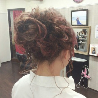結婚式 セミロング ナチュラル 編み込み ヘアスタイルや髪型の写真・画像 ヘアスタイルや髪型の写真・画像
